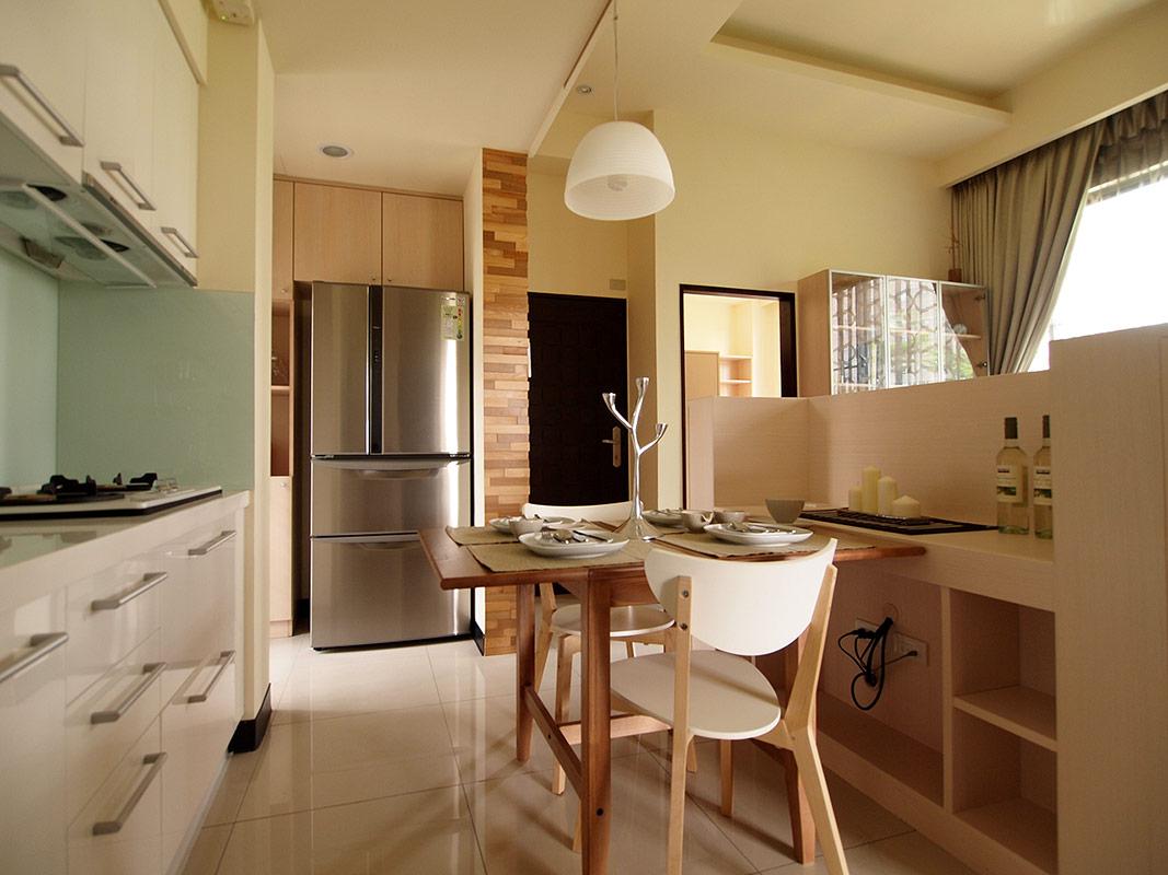 现代温馨三居室室内装修效果图